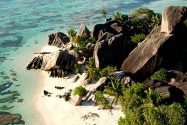 Anse Source d'Argent l'une des plus belles plages au monde vous attend...
