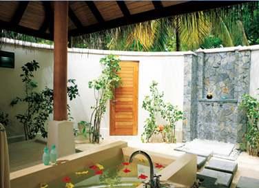 Salle de bains (beach Villa)
