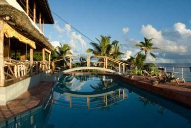 Depuis la piscine, la vue est sublime
