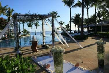 L'hôtel Sugar Beach Resort organise votre célébration dans un cadre absolument fabuleux