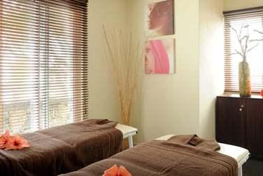 Salle de massage au Spa de l'hôtel Récif Attitude