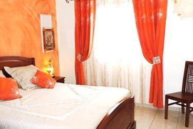 Les chambres sont cosy et joliment décorées