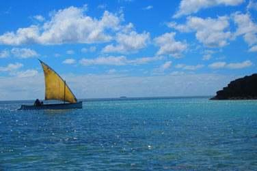 Cette petite île saura vous charmer par la beauté de son lagon,