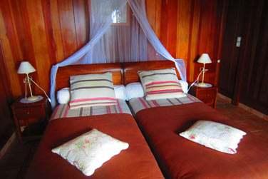 des chambres décorées simplement avec goût,