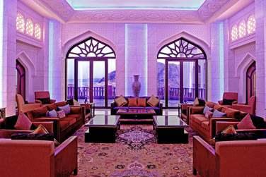 Le bar lounge de la réception où vous pourrez vous détendre et prendre un verre