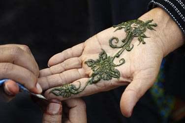 Vous aurez également l'occasion de découvrir les tatouages au henne