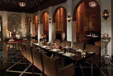 Le restaurant Shahrazad situé à l'hôtel Al Husn