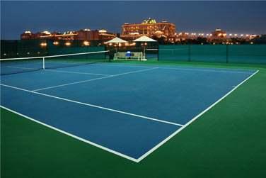 Les plus sportifs opteront pour une petite partie de tennis
