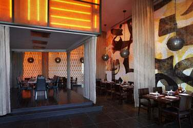 Au restaurant Ayateb, les recettes et spécialités viennent tout droit de Tunisie, du Liban et de Syrie...