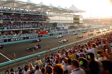 L'hôtel Yas Island jouit d'une situation exceptionnelle au coeur du circuit de Formule 1 !