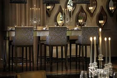 Décoration contemporaine pour le restaurant STAY by Yannick Alleno