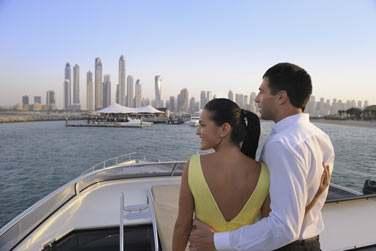 L'hôtel possède sa propre marina privée qui vous mènera à l'hôtel ou au 101 Dining Lounge & Bar, sur pilotis