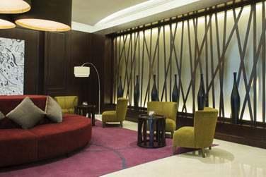 La réception de l'hôtel, moderne et lounge