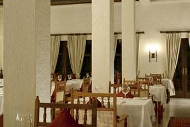 La salle intérieure du restaurant Al Diwaan
