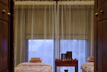 Le spa possède des salles de soin en solo ou duo