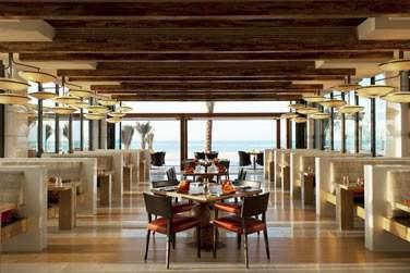Kaléidoscope des cuisines du sud-est asiatique, le restaurant Sontaya propose un cadre romantique pour vos repas