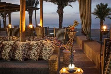Turquoiz, un restaurant au nom évocateur... Qui rappelle la très belle couleur de la mer, face à l'hôtel