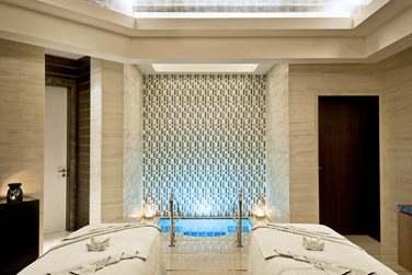 Certaines salle de traitement possèdent même leur piscine privée