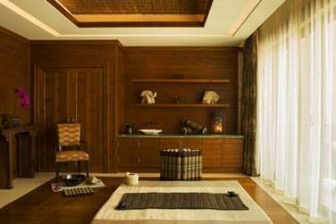 Salle de traitement dédiée aux massages thaï traditionnels