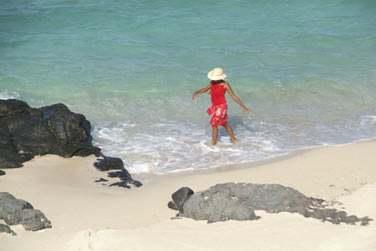 Le Bakwa Lodge se trouve tout près d'Anse Mourouk, une longue plage de sable blanc où il fait bon se détendre