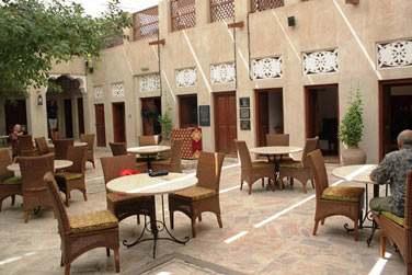 ... XVA Café vous propose un cadre original et très authentique pour tous vos repas !