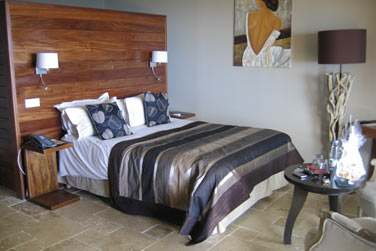 Les chambres sont joliements décorées: Un séjour en pleine nature