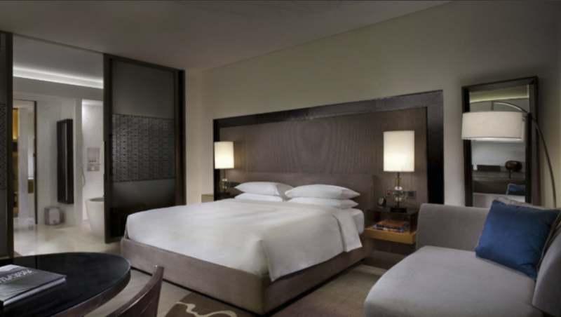 chambre avec lit king size chambre park dans un dcor moderne aux touches arabes la chambre park - Chambre A Coucher Lit King Size
