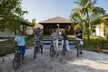 L'île d'Hanimadhoo se parcourt aussi à vélos !
