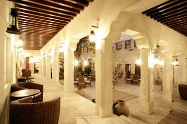 Découvrez le petit boutique hotel XVA Art Hotel au coeur de Bastakia Heritage Village