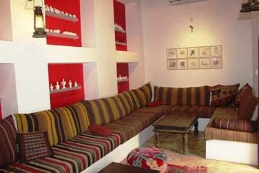 L'établissement possède un petit salon bibliothèque traditionnel, climatisé
