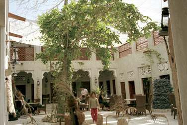 Vous retrouverez l'architecture d'une ancienne maison traditionnelle Emirati