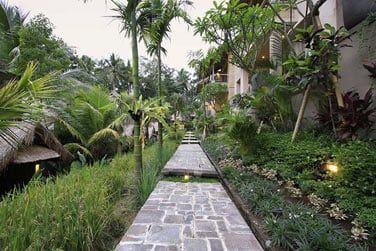 L'hôtel Puri Sunia Resort vous propose plusieurs catégories de chambres et suites