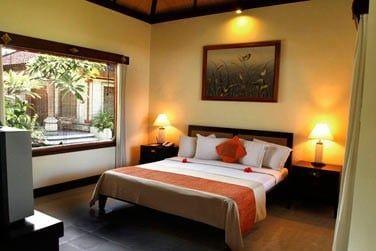 Disséminées au coeur des jardins de l'hôtel, les chambres Deluxe vous garantissent intimité et tranquillité