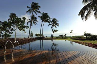 Vue panoramique sur la plage et l'océan !