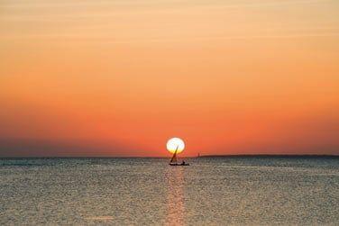 Situé sur la côte Sud de Zanzibar...
