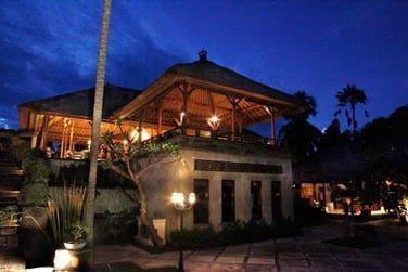 et à l'architecture traditionnelle balinaise...