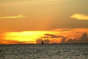 Les couchers de soleil sont sublimes ! A admirer lors d'une sortie en voilier...