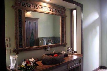 Et une agréable salle de bain