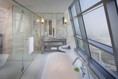 La salle de bain de la Suite Club