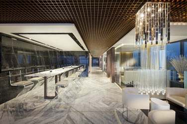 L'espace intérieur du Ray's Bar au décor surprenant, moderne et design