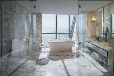 La salle de bain de la Sky Suite