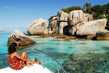 Mer turquoise, ciel azur, plages de sable blanc et rochers de granit, de vrais paysages de carte postale !