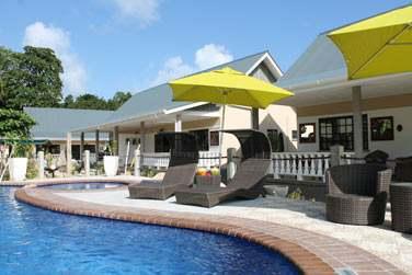 Bienvenue à la Cabane des Anges, petit établissement de charme situé à Anse Réunion