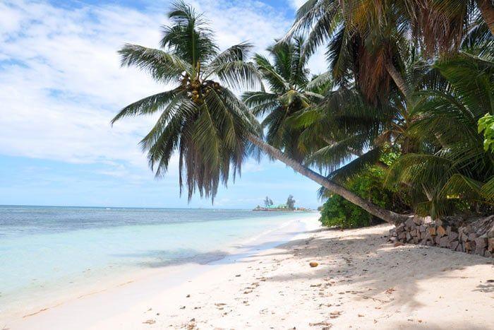 Hôtel Le Relax Beach House 2*, Seychelles