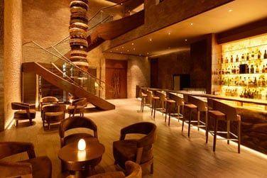 L'hôtel possède également 7 bars