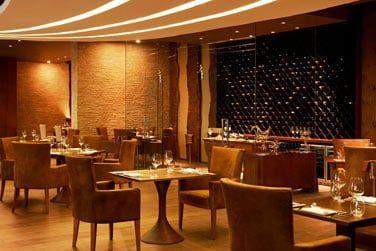 Pour une soirée en amoureux, l'hôtel vous proposera un cadre très romantique