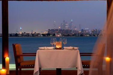 Dînez face à la skyline de Dubaï !