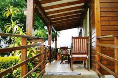 La petite terrasse vous permet de vous reposer après une journée d'excursion