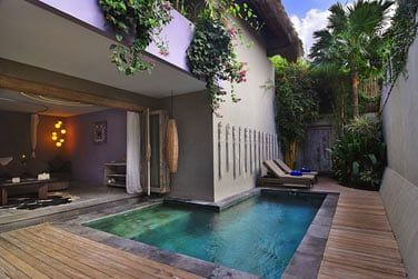 Profitez de la piscine privée de votre villa !