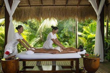 Le personnel du spa est formé en Asie